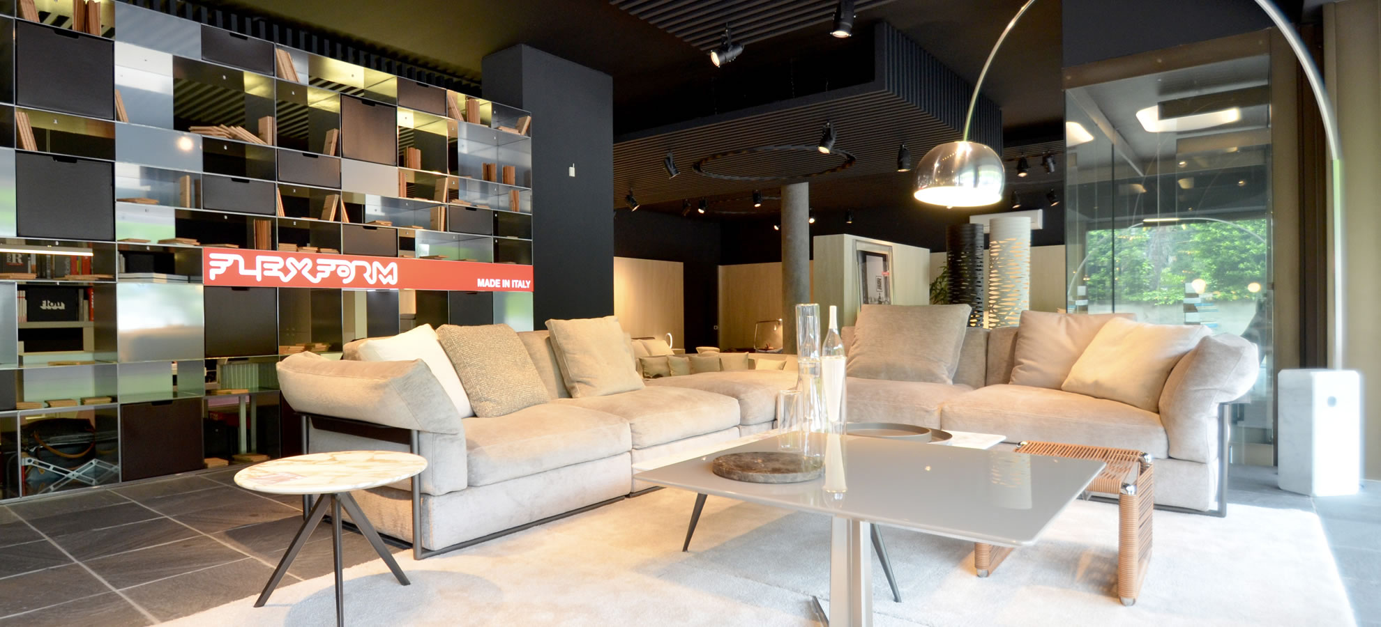 Showroom Flexform Como